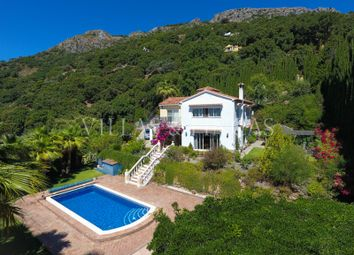 Thumbnail 4 bed country house for sale in Casares, Malaga, Spain