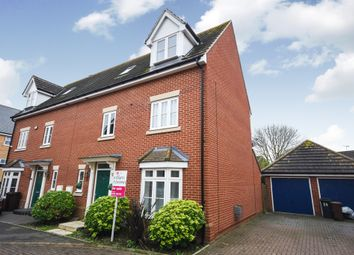 Thumbnail 4 bed town house for sale in Taylor Way, Great Baddow, Chelmsford