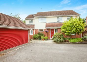 Thumbnail 4 bed detached house for sale in Penwood Close, Billericay