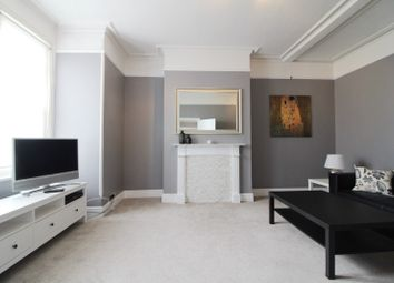 Thumbnail 1 bed flat to rent in Coley Avenue, Reading