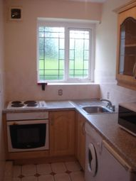 Thumbnail Room to rent in Flat 5 Weoley Court, West Midlands