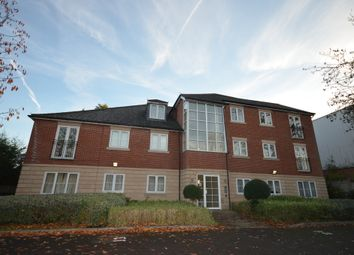 2 bed flat to rent in Woodleigh Place, Corby NN17