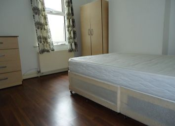 Thumbnail 2 bed flat to rent in Crownfield Road, Stratford