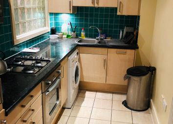 Thumbnail 2 bed flat to rent in Brusnwick Road, Ealing