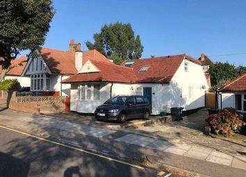 Milton Avenue, Barnet EN5. 4 bed bungalow