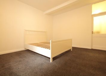 Thumbnail 1 bed flat to rent in Hackney, London