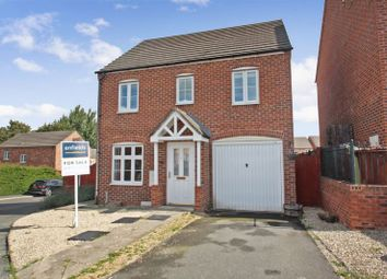 Thumbnail 3 bed detached house for sale in Lake View, Pontefract