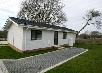 2 bed mobile/park home for sale in Spill Land Farm Park, Benenden Rd, Biddenden, Ashford TN27