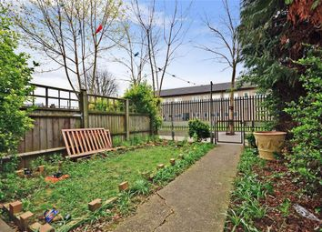 Thumbnail 2 bedroom maisonette for sale in Snowshill Road, London