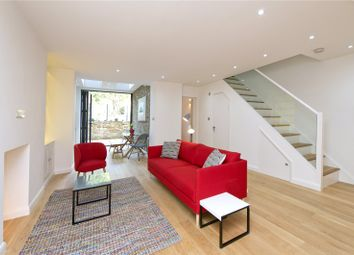 Thumbnail 3 bed flat to rent in Clapham Park Road, London