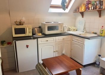 Thumbnail 1 bed flat to rent in London Road, Kettering