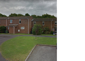 Thumbnail 2 bed flat to rent in Headington Close, Basingstoke
