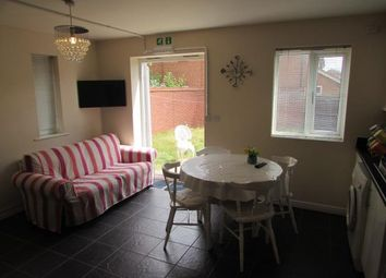 Thumbnail 5 bed shared accommodation to rent in Shropshire Drive, Coventry