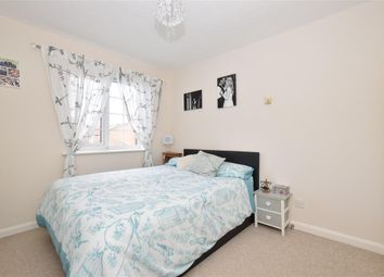 Thumbnail 2 bed maisonette for sale in Market Field, Steyning, West Sussex