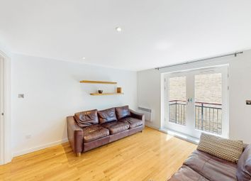 Thumbnail 2 bed flat to rent in Angel Point, London
