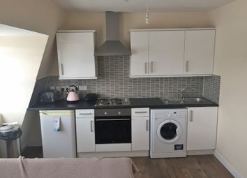 Thumbnail 1 bedroom flat to rent in Rock St, Finsbury Park