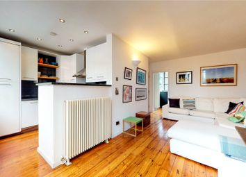2 bed property to rent in Whitechapel Road, London E1