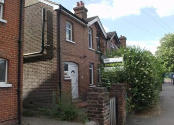 Thumbnail 3 bed cottage to rent in Bellfields Road, Guildford
