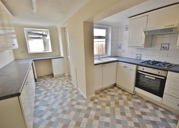 Thumbnail 2 bed detached house to rent in Willow Walk, Spalding