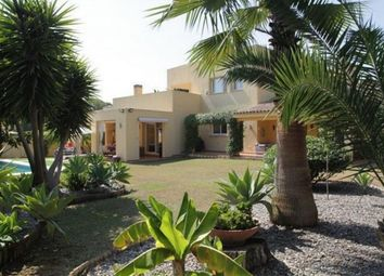 Thumbnail 5 bed villa for sale in Spain, Málaga, Estepona, Atalaya
