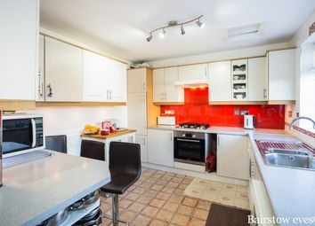 Thumbnail 5 bed property to rent in Greencourt Ave, Edgware
