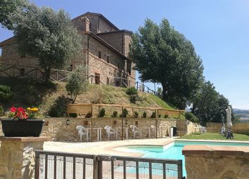 Thumbnail Farmhouse for sale in Monte Castello di Vibio, Monte Castello di Vibio, Perugia, Umbria, Italy