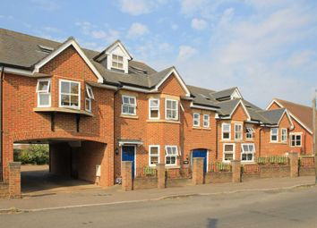2 bed flat to rent in Langdon Street, Tring HP23