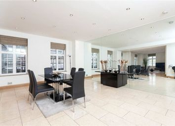 Thumbnail 4 bed flat to rent in Park Street, Mayfair, London