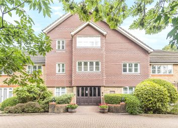 Skillen Lodge, 552 Uxbridge Road, Pinner HA5. 2 bed flat