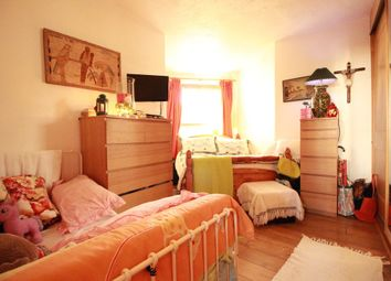 Thumbnail 2 bed flat for sale in Haddo Street, London