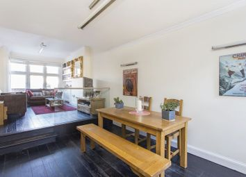 Thumbnail 2 bed flat for sale in Woodland Rise, Muswell Hill