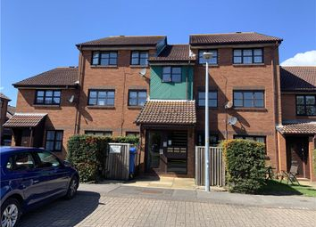 2 bed flat for sale in Waldren Close, Poole BH15