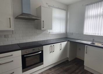 Thumbnail 1 bed flat to rent in Albany Street, Hull