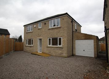 Thumbnail 4 bed detached house for sale in Southmere Drive, Bradford