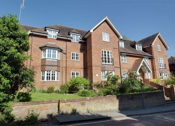 Thumbnail 2 bed flat for sale in Deans Lawn, Berkhamsted, Hertfordshire