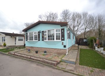 Thumbnail 2 bed mobile/park home for sale in Cummings Hall Lane, Noak Hill, Romford