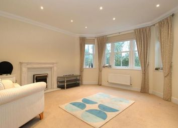 Thumbnail 2 bed flat to rent in Ascot, Berkshire