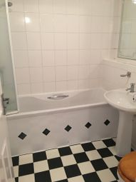 Thumbnail 1 bed flat to rent in Osbourne Road, Dartford