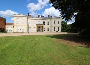 2 bed flat for sale in Swallowfield Park, Reading RG7