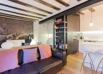 Thumbnail 2 bed apartment for sale in Ciutat Vella, Barcelona, Spain