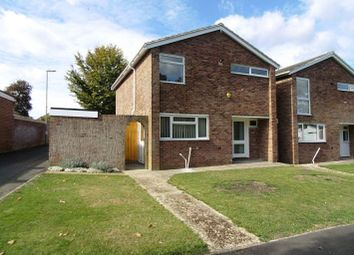 Thumbnail 3 bed detached house to rent in Derwent Road, Basingstoke