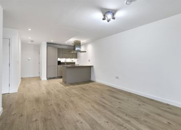 Thumbnail 1 bed flat to rent in Azure Building, Great Eastern Road, London