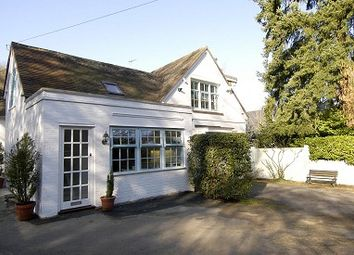 Thumbnail 1 bedroom cottage to rent in Buckhurst Road, Ascot
