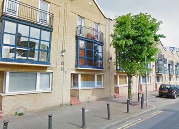 Thumbnail 1 bed flat to rent in Lawrence Wharf, Rotherhithe