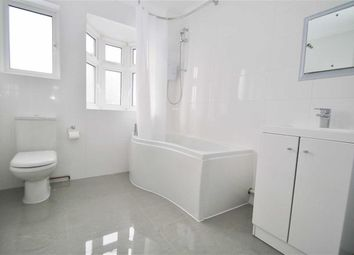 Thumbnail 4 bed terraced house to rent in Springfield Avenue, London