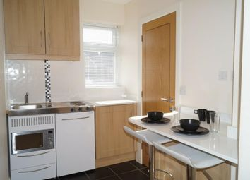 Thumbnail Studio to rent in St. Johns Road, Poole