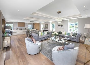 Thumbnail 3 bed flat for sale in Richmond Hill, Richmond, Surrey