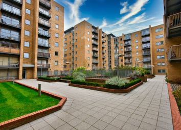 1 bed terraced house to rent in Constable House, Cassilis Road, London E14