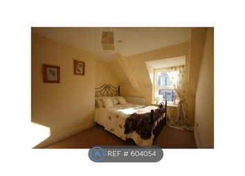 Thumbnail 2 bed flat to rent in East Parade, Whitley Bay