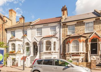 Thumbnail 1 bed flat to rent in Elm Park, Brixton Hill
